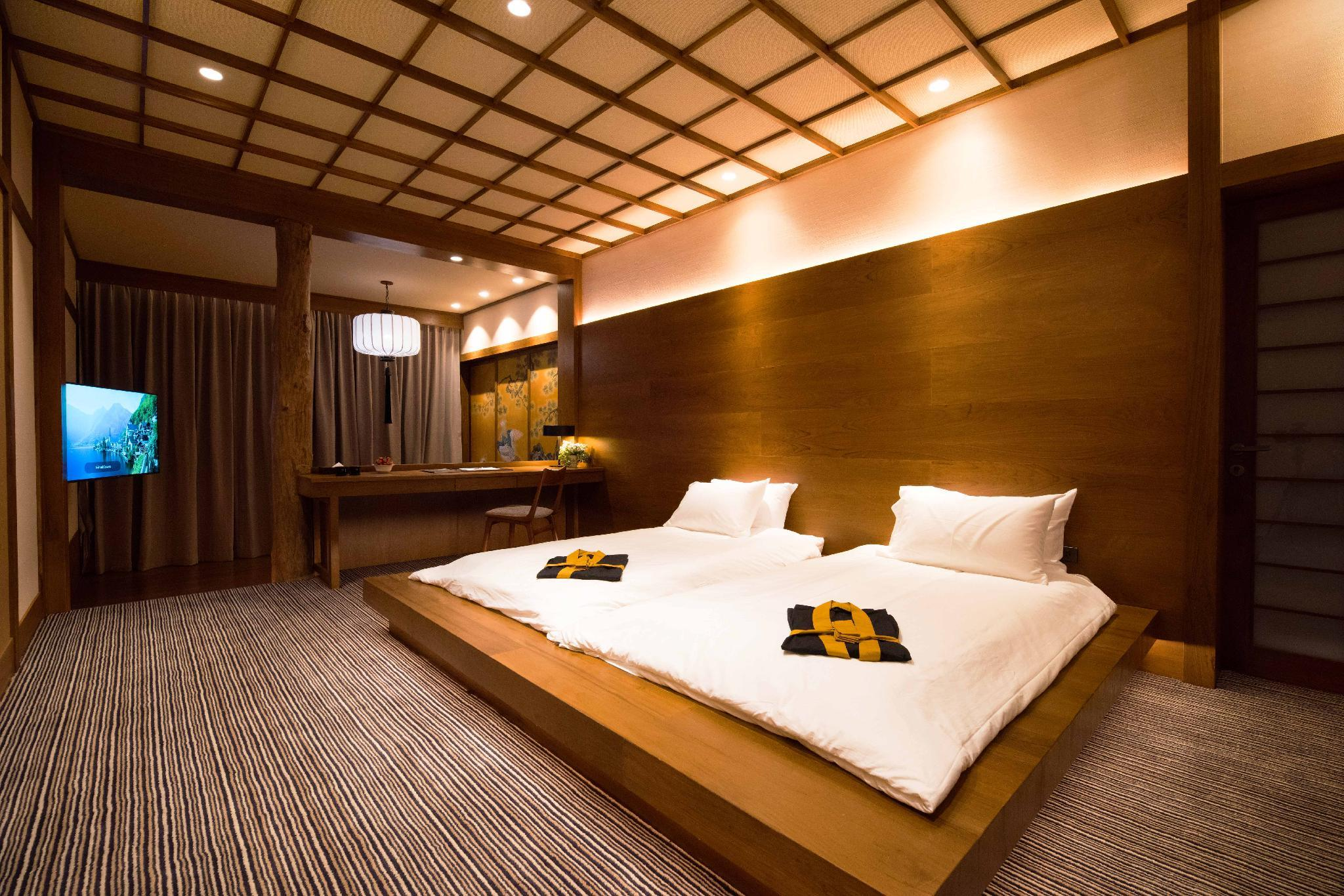 3-Bedroom Imperial Suite with Private Onsen