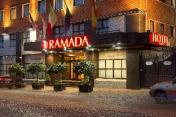 Ramada Naples City Centre