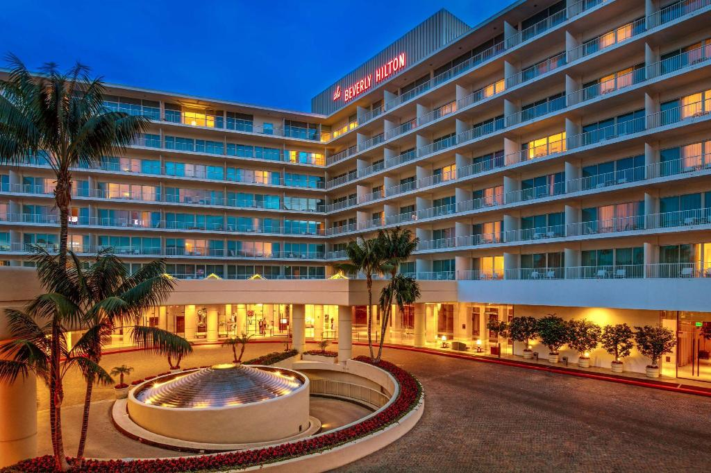 Exterior view The Beverly Hilton Hotel
