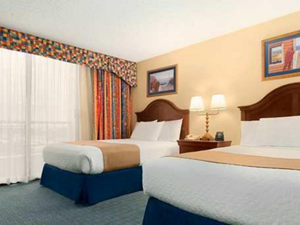 Best Price on Embassy Suites Hotel Orlando International Drive South Convention Center in