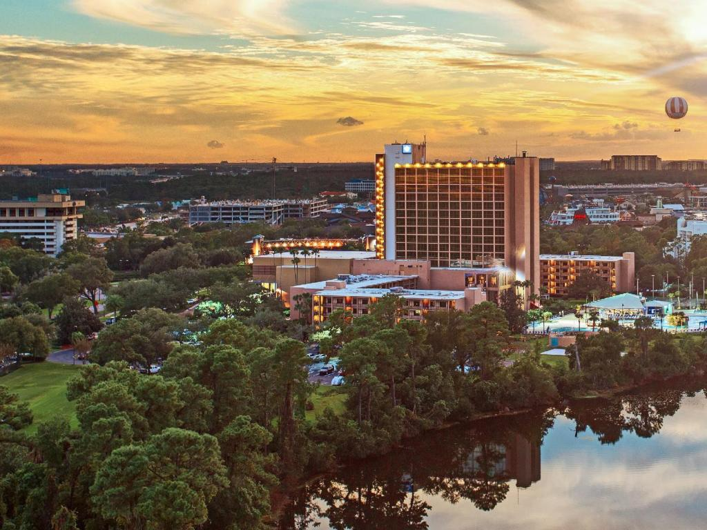 More about Wyndham Lake Buena Vista Disney Springs Resort Area