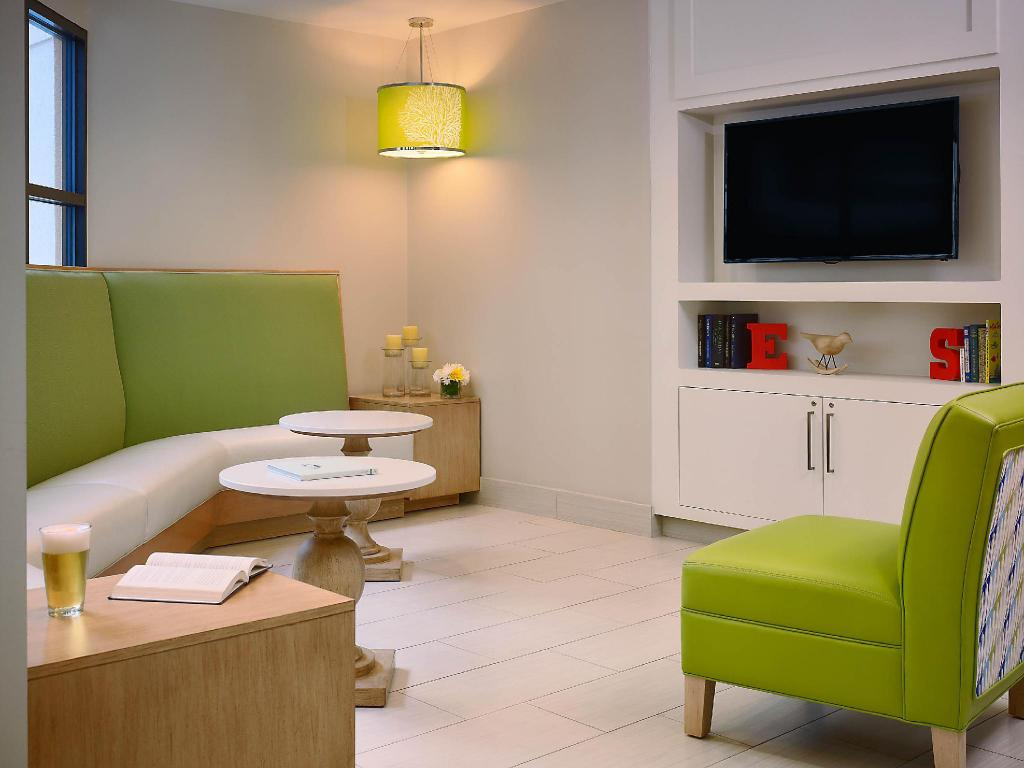 Sonesta Es Suites Orlando International Drive Hotel In