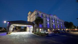 Best Western Airport Inn Suites
