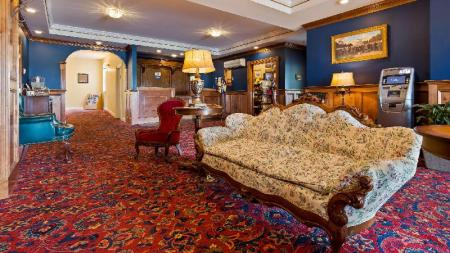 Лобби Best Western White House Inn