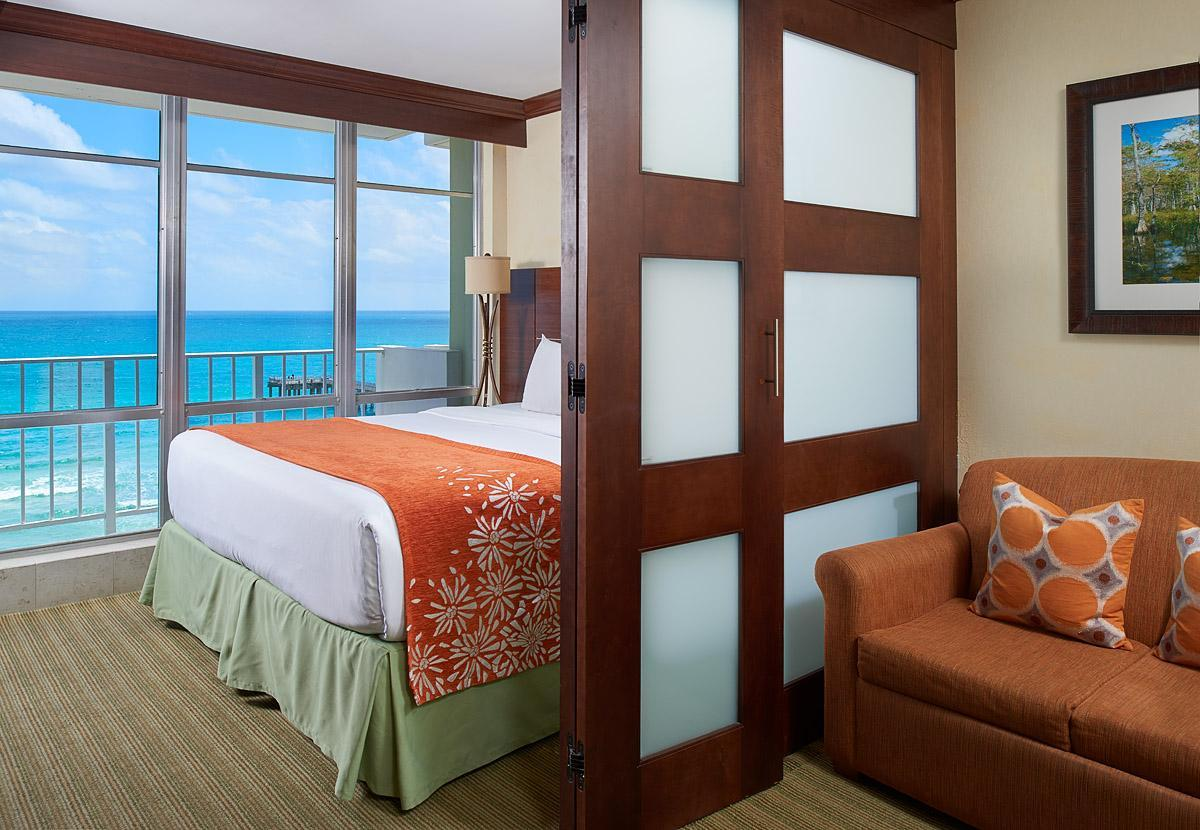 1 Bedroom Suite Oceanfront
