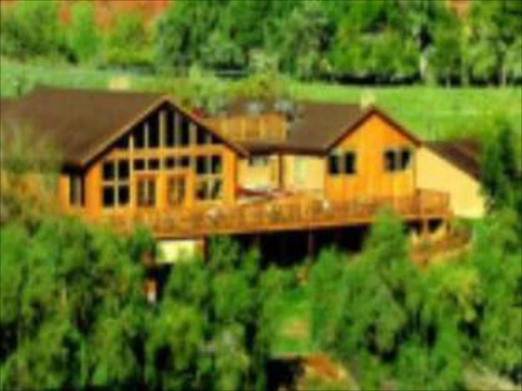 נוף חוץ Red Cliffs Lodge
