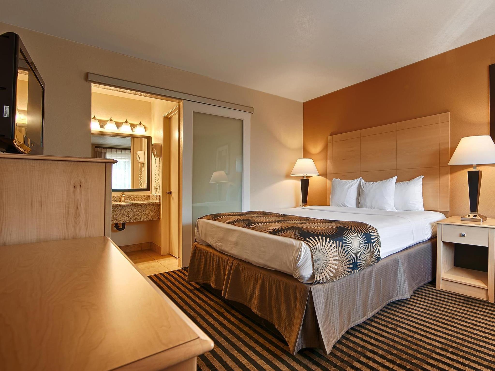 Best Western Palm Court Inn In Modesto (CA)   Room Deals, Photos .