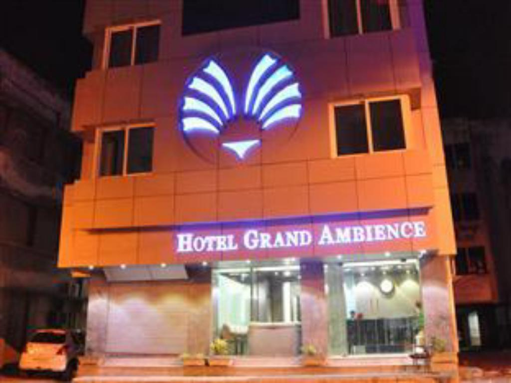 Vchod Hotel Grand Ambience