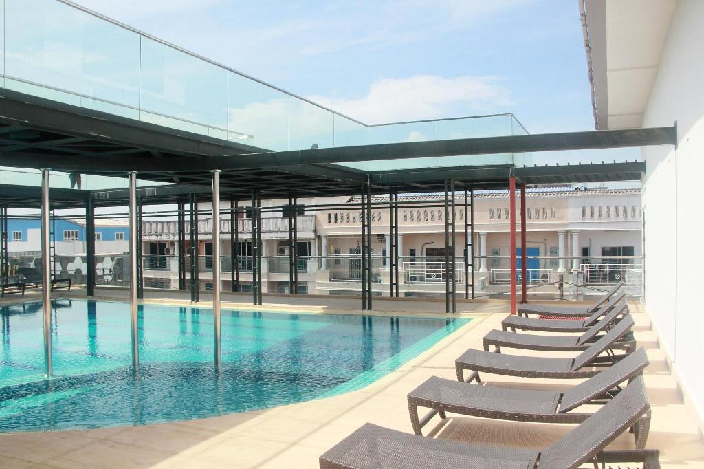 Swimming pool [outdoor] M Hotel Danok