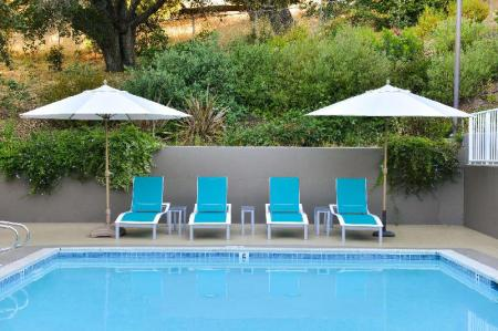 Swimming pool [outdoor] Best Western Plus Novato Oaks Inn