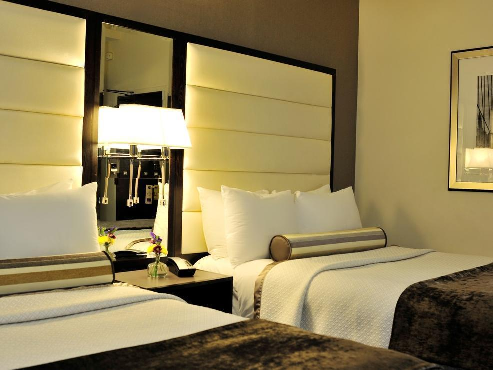 Bilik Superior Double Termasuk Dua Katil Double (Superior Double Room with Two Double Beds)