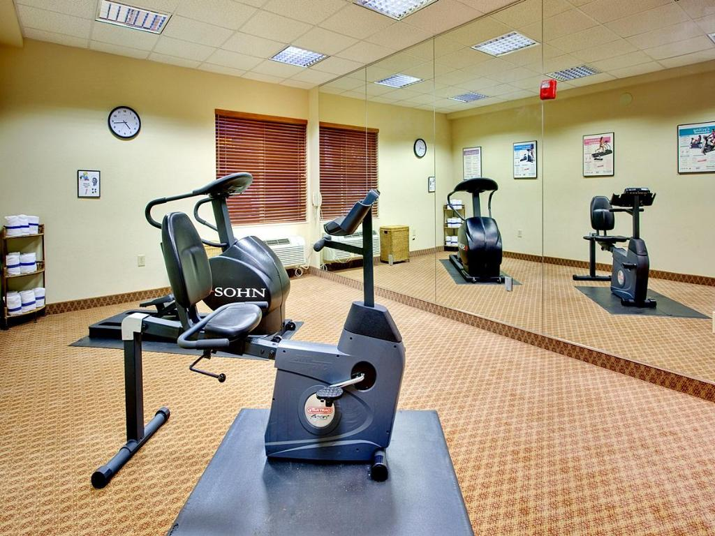 Fitness center Holiday Inn Express Peoria North - Glendale