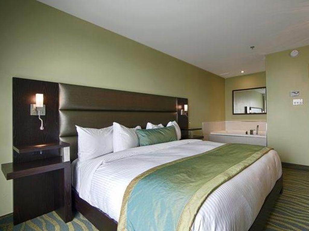 best western plus hotel levesque in riviere du loup qc. Black Bedroom Furniture Sets. Home Design Ideas