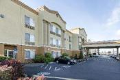 Comfort Inn and Suites Sacramento - University Area