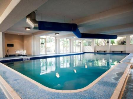 Swimming pool Country Club Villas Launceston
