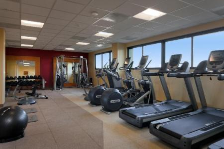 Fitness center Hilton San Francisco Airport Bayfront