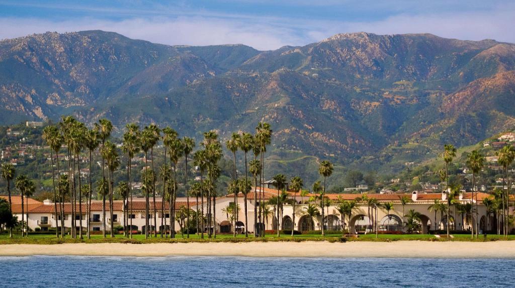 Book Hilton Santa Barbara Beachfront Resort in Santa Barbara (CA ...