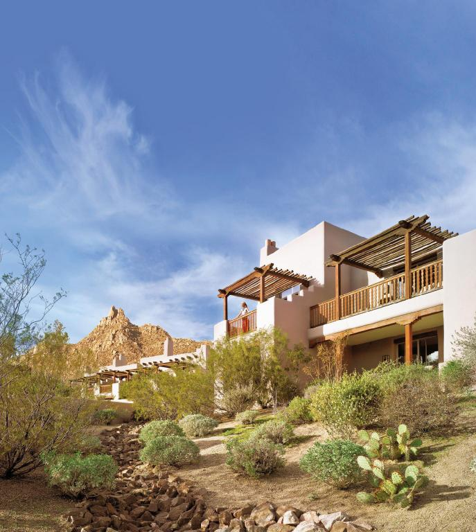 Four Seasons Resorts Scottsdale at Troon North