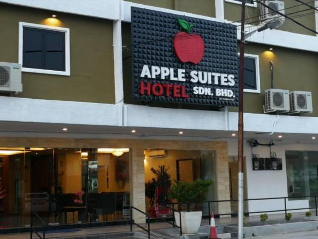 APPLE Suites Hotel