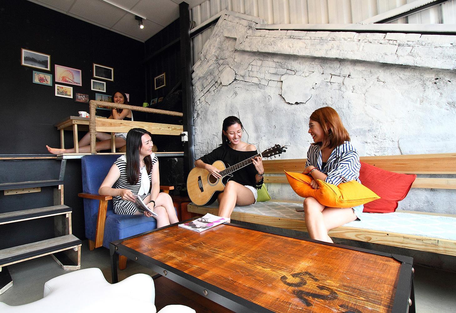 backpackers inn taipei in taiwan room deals photos reviews rh agoda com