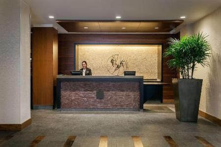 Hol DoubleTree by Hilton Hotel San Francisco Airport