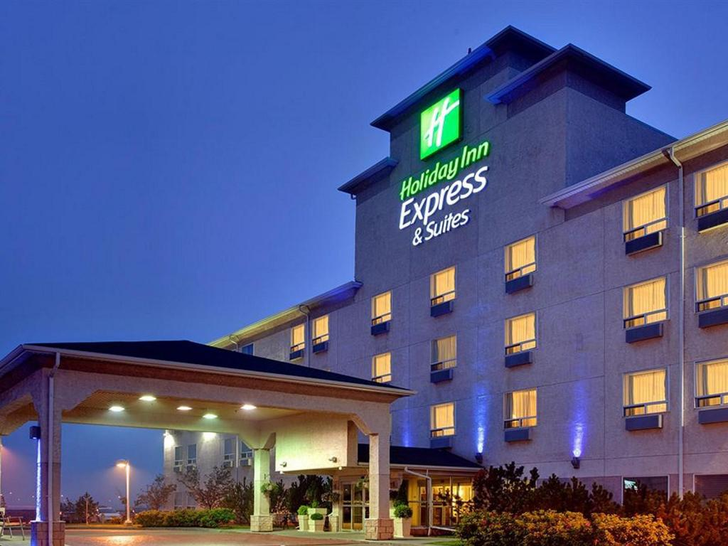 Holiday Inn Express Hotel & Suites - Edmonton International Airport
