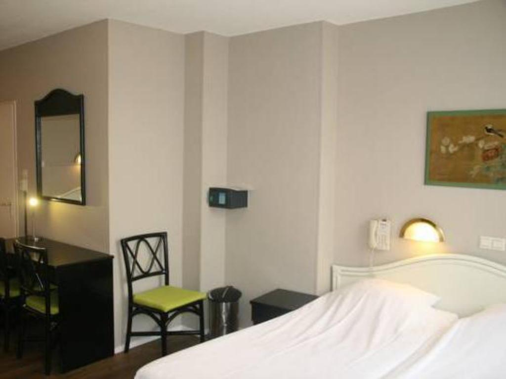 Double or Twin Room Hotel Europa 92