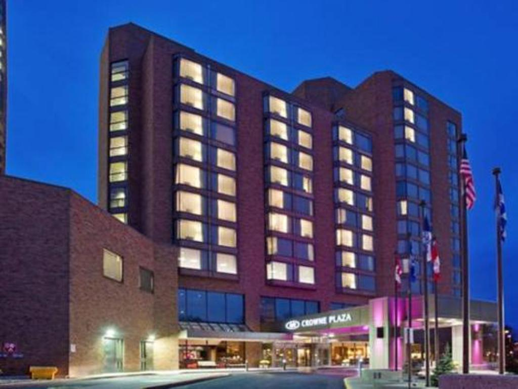More about Crowne Plaza Gatineau-Ottawa