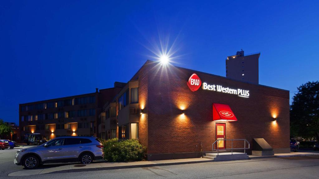 Best Western Plus Ottawa City Centre in Ottawa (ON) - Room