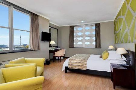 1 Bedroom Suite, 1 King, City view Protea Hotel Lusaka Cairo Road