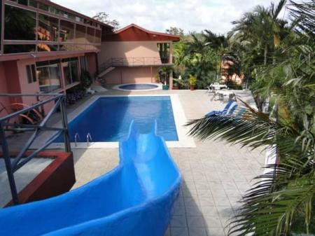 Swimming pool Hotel Puerto San Luis
