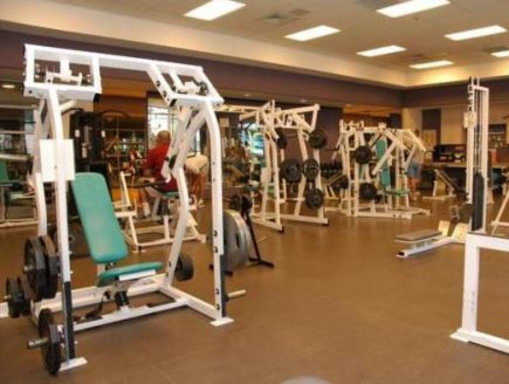 Fitness center Hotel Le Soleil by Executive Hotels