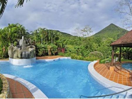 Swimming pool Hotel Lomas del Volcan