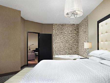 Unitate de cazare standard Four Points by Sheraton Hotel & Suites Calgary West