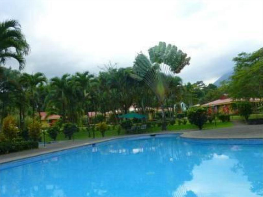 Zwembad Hotel Arenal Country Inn
