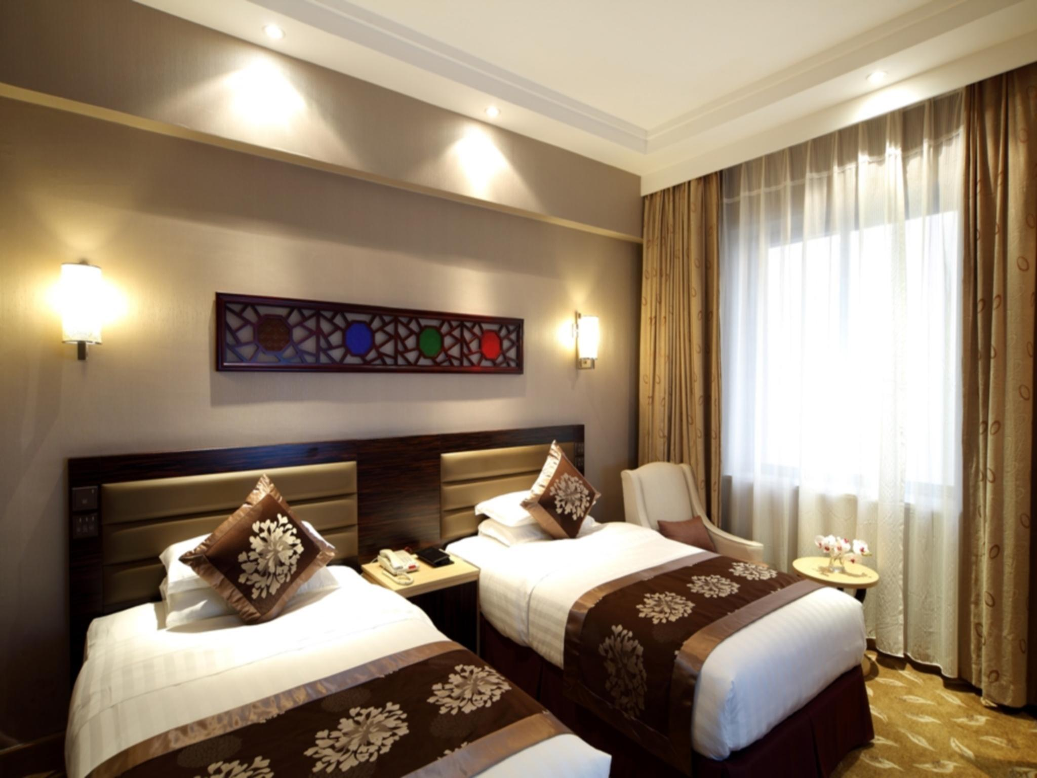 河景里程碑客房(高樓層) (Landmark Room River View High Floor)