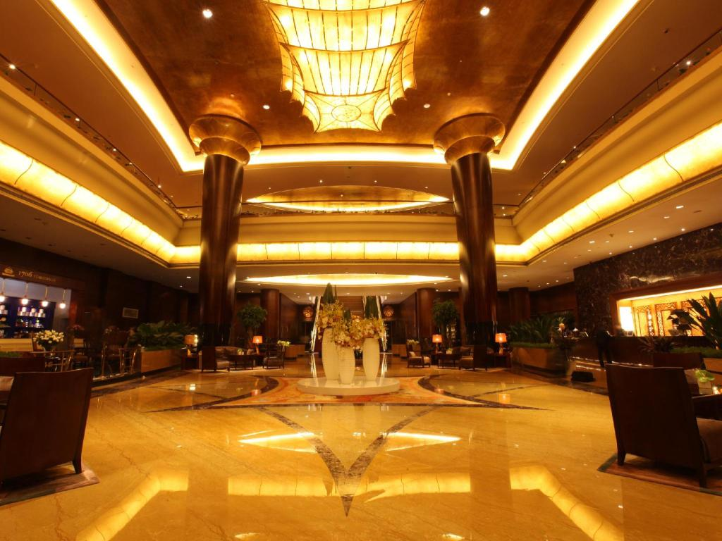 Interior view Zhongwei Green Lake Hotel Kunming