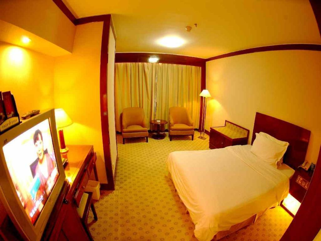 Standard Single - Guestroom Yantai Pacific Hotel