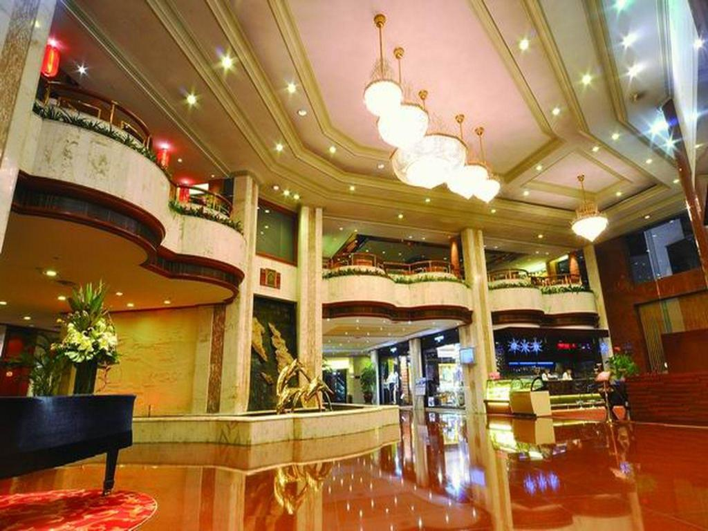 Lobby Zhongshan International Hotel