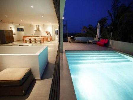 Swimming pool Curacao Design Villa