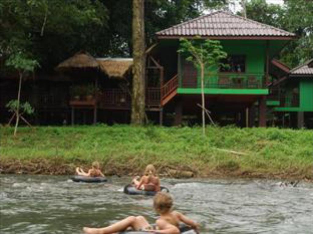 Khao Sok River Lodge