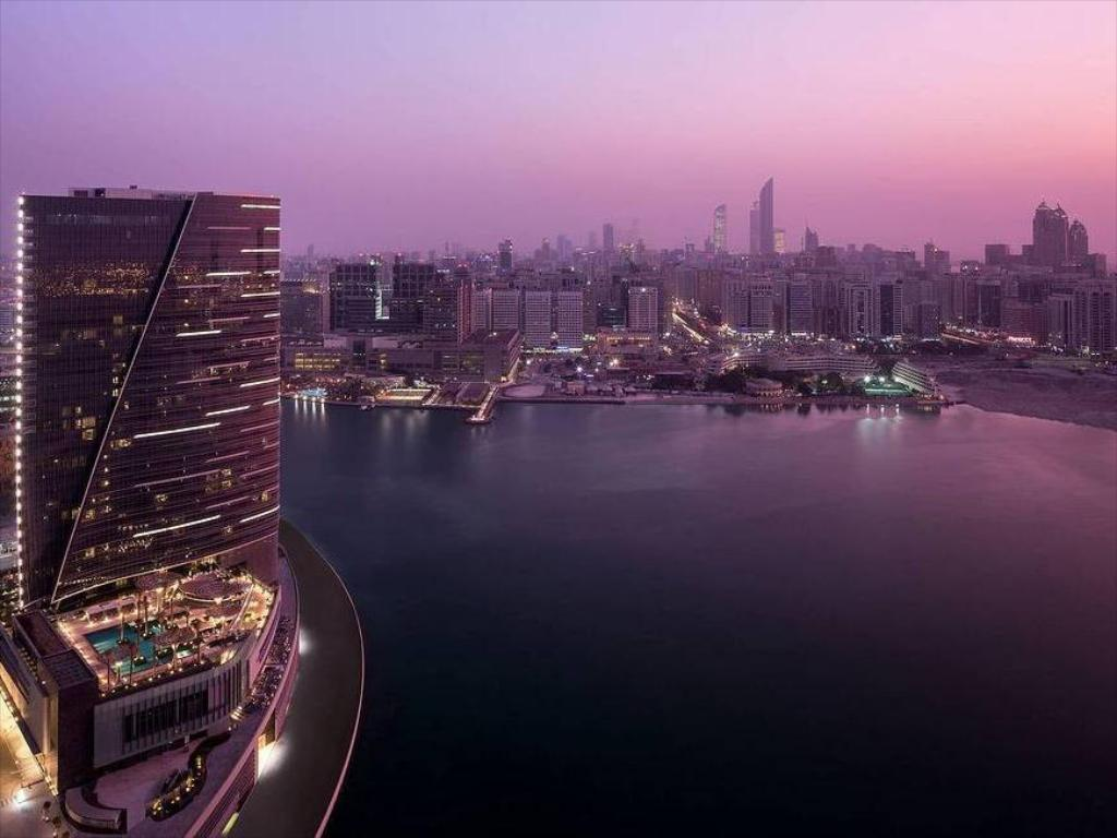 Rosewood Hotel Abu Dhabi in United Arab Emirates - Room