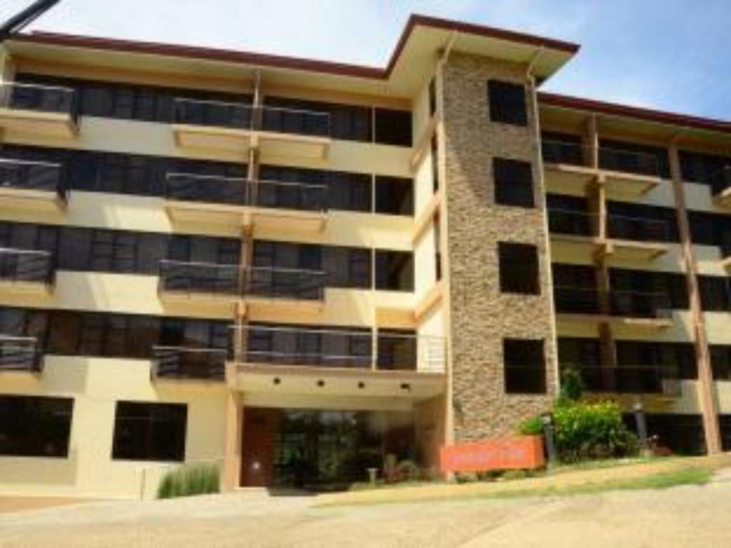 Best Price on Gardenville Hotel in Baguio + Reviews