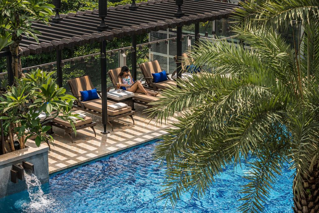 Four Seasons Hotel Jakarta In Indonesia Room Deals Photos Reviews