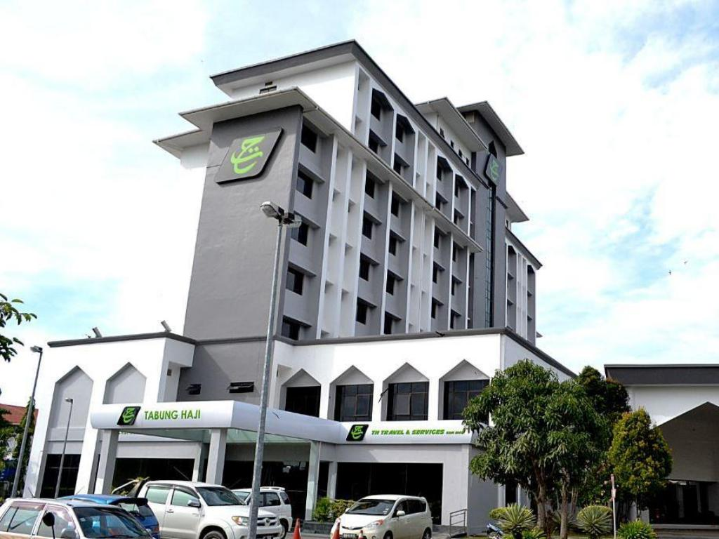 Th Hotel Kota Kinabalu In Malaysia Room Deals Photos Reviews