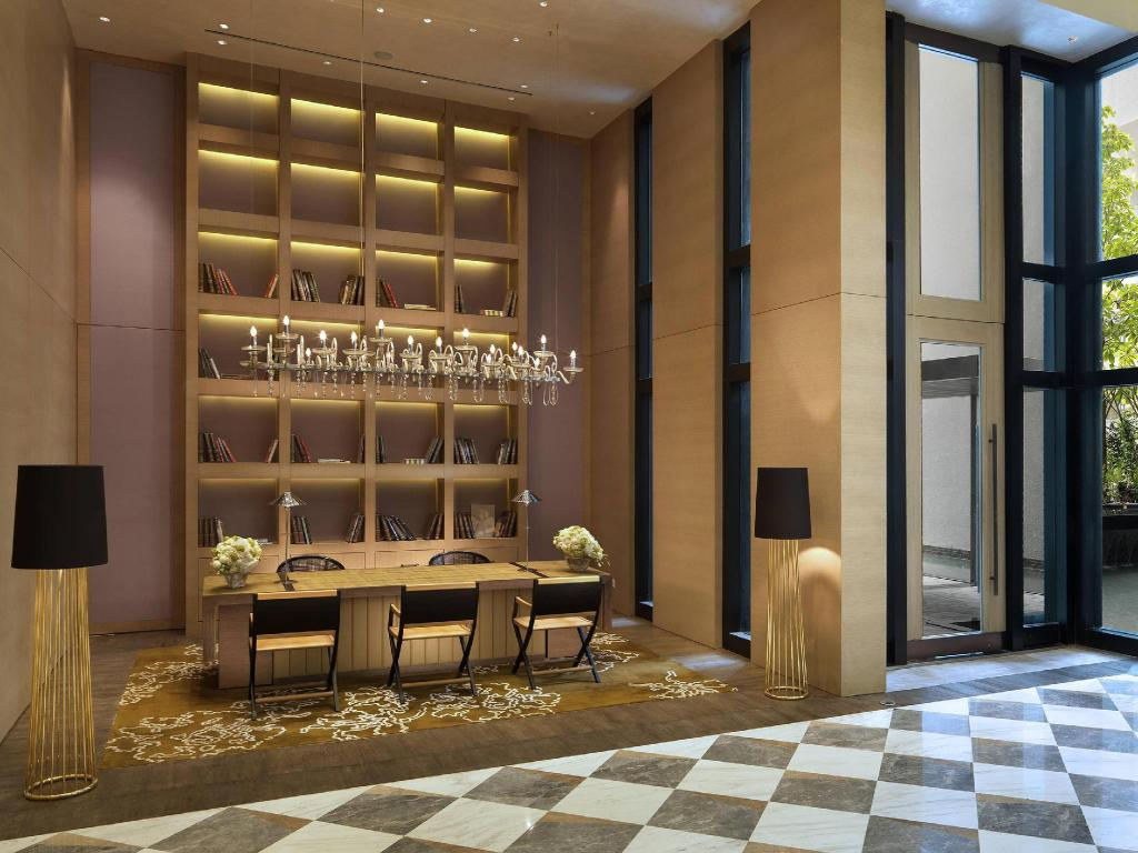 Lobby Lanson Place Bukit Ceylon Serviced Residences