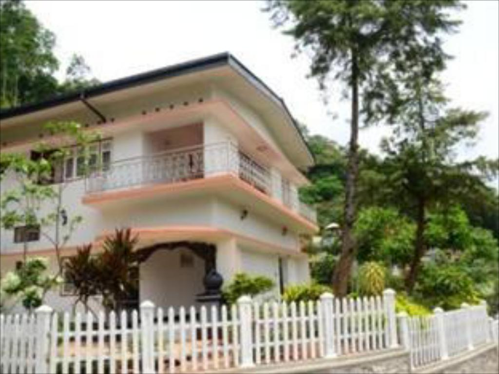 Повече за Kandy Hills Resort