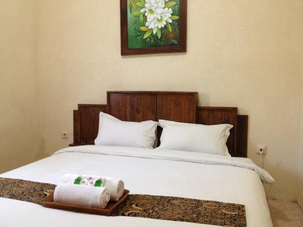 More about Larasati Guest House