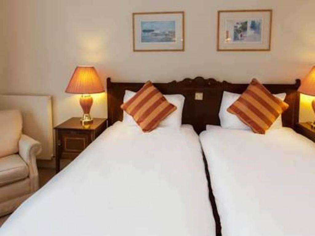 Standard Single - Room plan Bosworth Hall Hotel Spa & Leisure Warwickshire