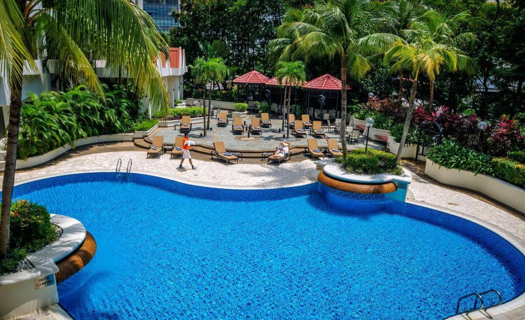 Hilton petaling jaya in kuala lumpur room deals photos - Piccolo hotel kuala lumpur swimming pool ...
